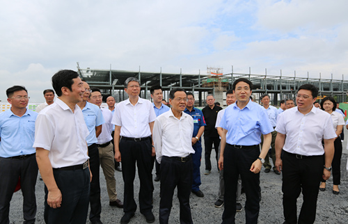President Chen Wu of the Guangxi Zhuang Autonomous Region Encourages Yuchai to Build an International Power City